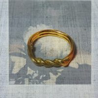18k gold twist ring